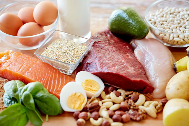 Белок — зачем нужны протеины на ПП и откуда их брать