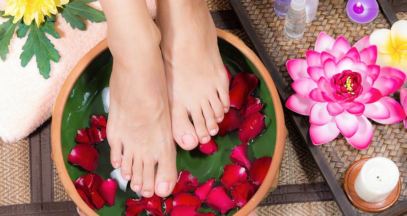 Ванночка для ног: Как ее сделать? Рецепты